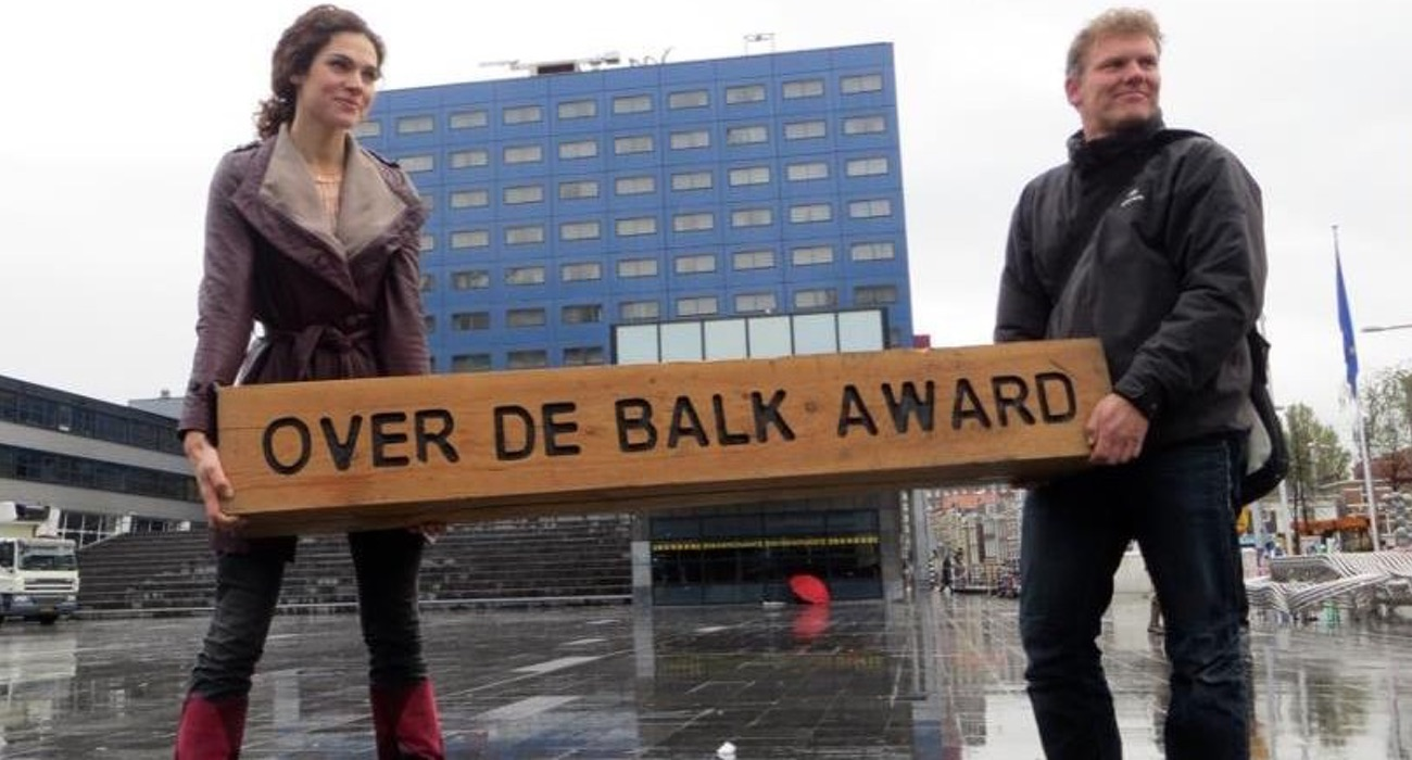 over de balk award